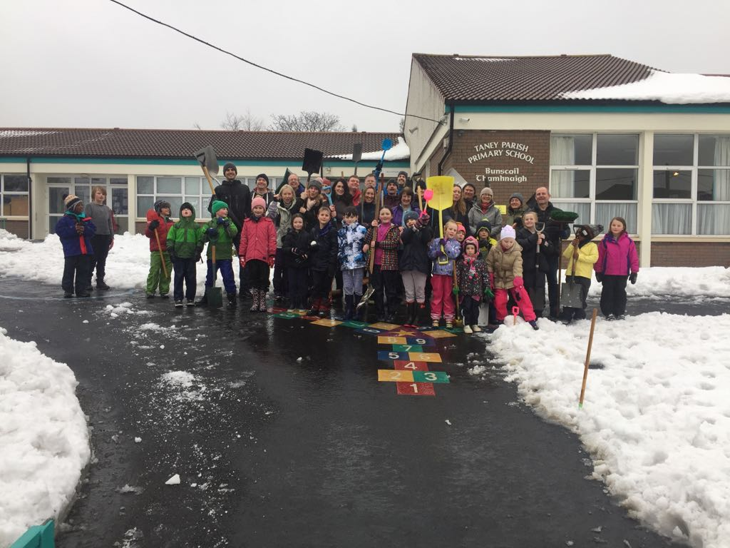 School Community Gives a Dig-Out
